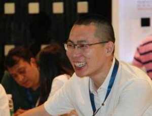 西安外事学院校友朱峰:创新智能开关 点亮未来生活水准仪